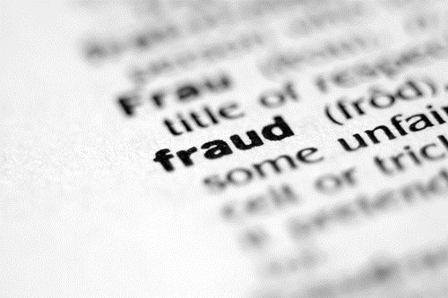 USA Drug VP Receives 33 Months for Fraud